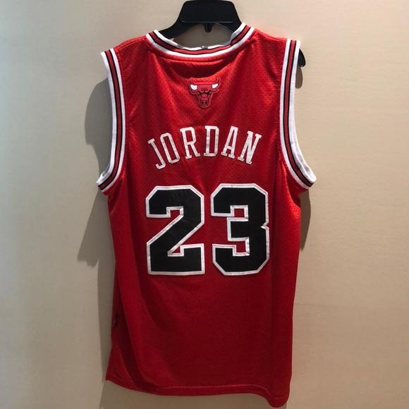 newest 68cf0 bd98e Michael Jordan Bulls Jersey